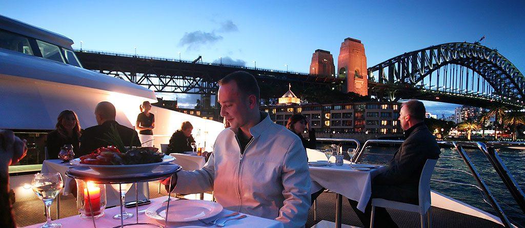 Dinner cruise in sydney