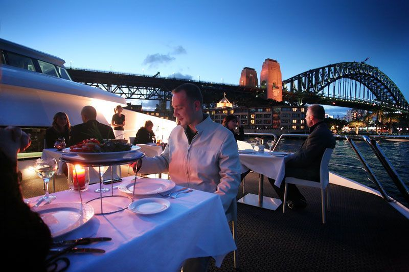 Sydney Harbour sightseeing cruises, lunch cruises, dinner cruises Name it, we've got it! Sydney Harbour, with its gleaming waters, stunning foreshore and world-famous landmarks, is the perfect setting for a lunch cruise, a dinner cruise or a sightseeing cruise!